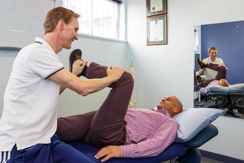 arran-mcdiven-physio-knee-treatment